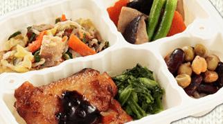 ウェルネスダイニングの食事は冷凍弁当タイプ