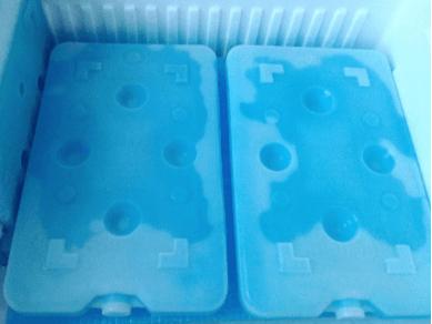 生協・コープデリの留め置き(保冷箱の中)
