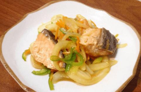 パルシステムの料理セット「だしのきいた秋鮭南蛮風」完成品